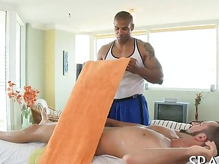 Hunky dude offers payment for his massage in the form of anal sex