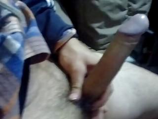 Amateur films his dick jerking session