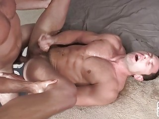 Shaw and Tanner make a creamy mess