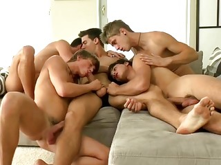 Unbelievable views during group sex with gorgeous gays