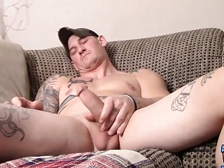 Cock stroking with straight jock that enjoys cumming too